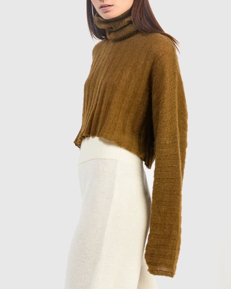 Sensu Crop Sweatshirt in Chestnut