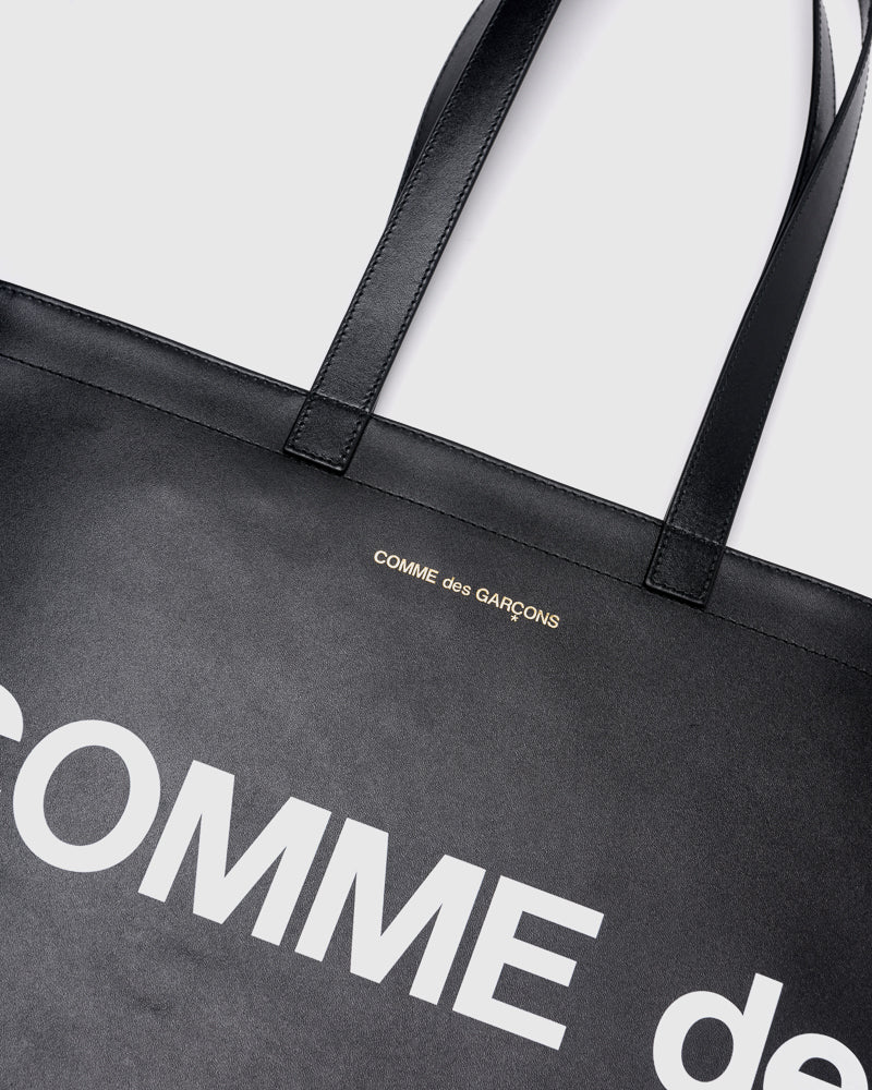 Huge Logo Bag 9001 in Black
