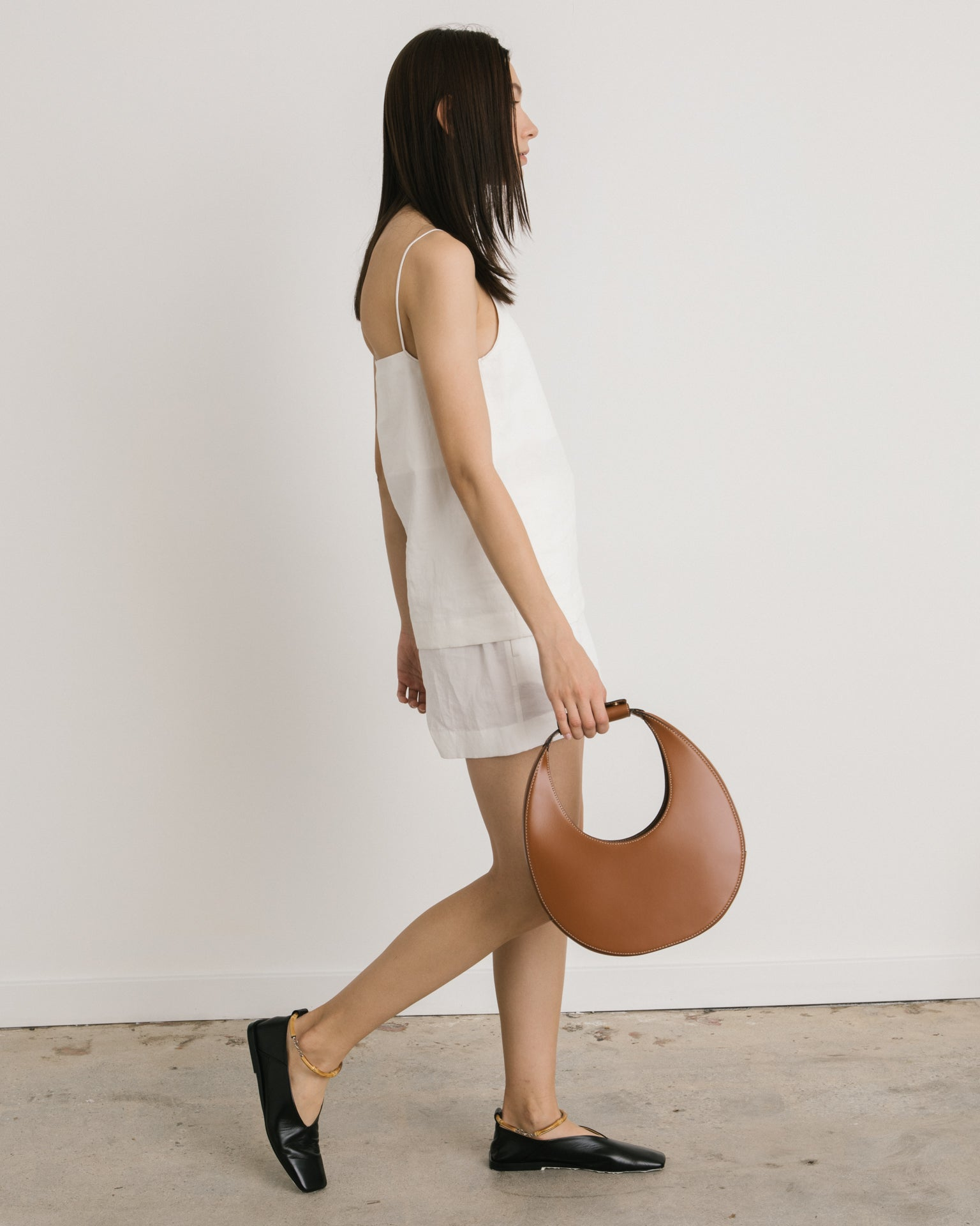 Moon Bag in Tan