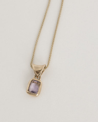 Mary Pendant in Amethyst