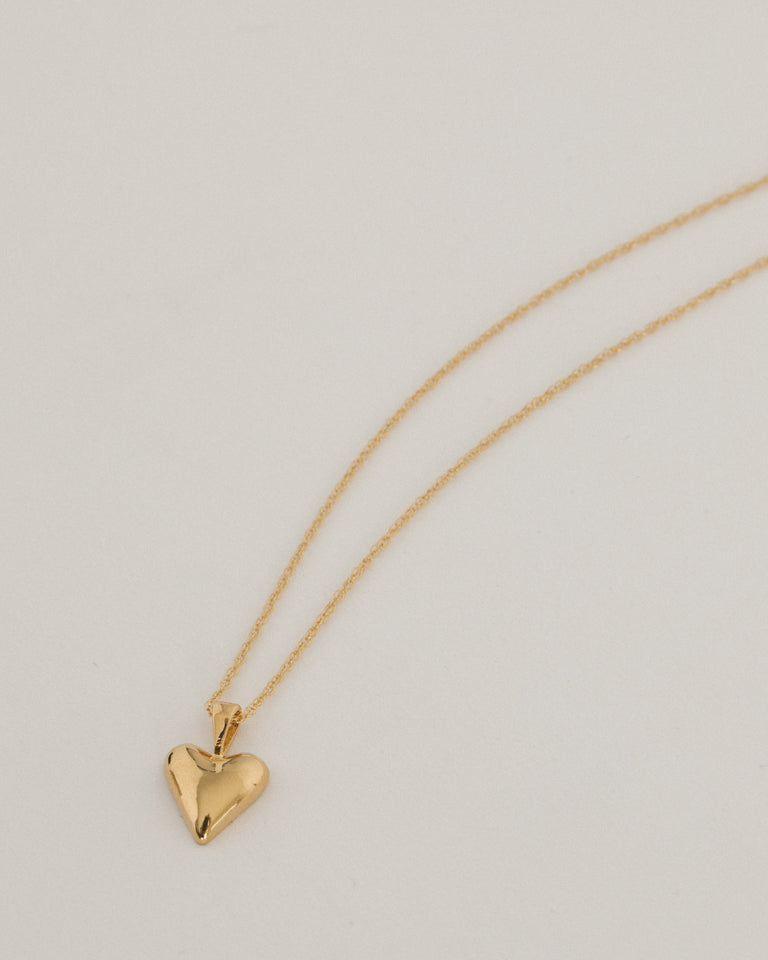Tiny Heart Pendant in Gold