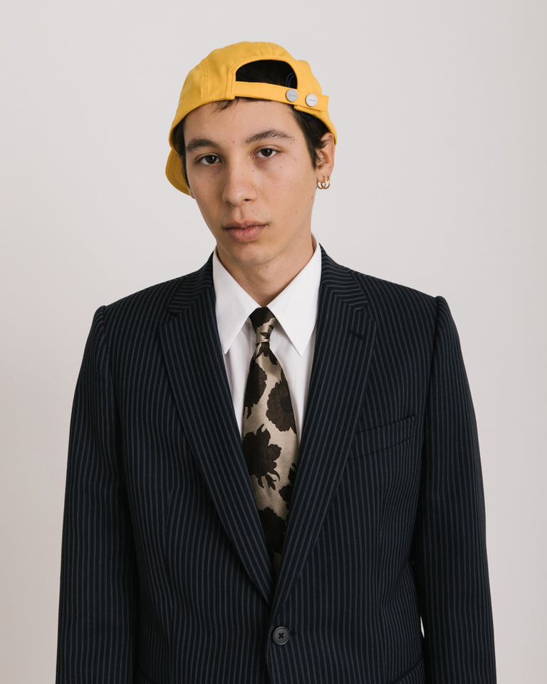 La Casquette Porte in Yellow
