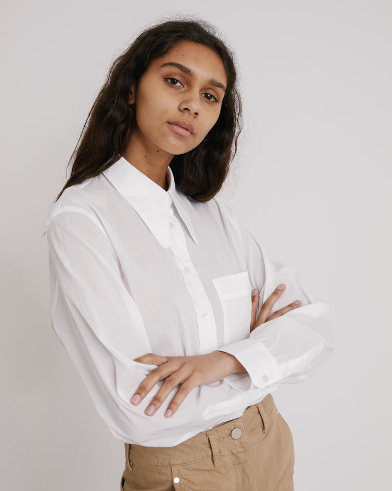 Pointed Collar Shirt in White