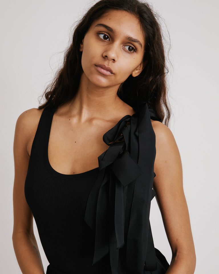 Hert Top in Black