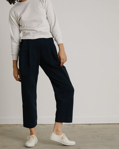 Lenny Pant in Navy