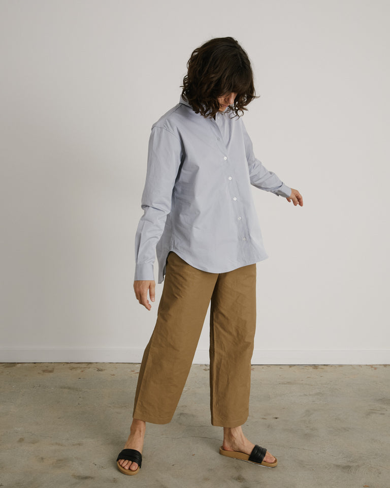 Embroidered Poplin Shirt in Dove
