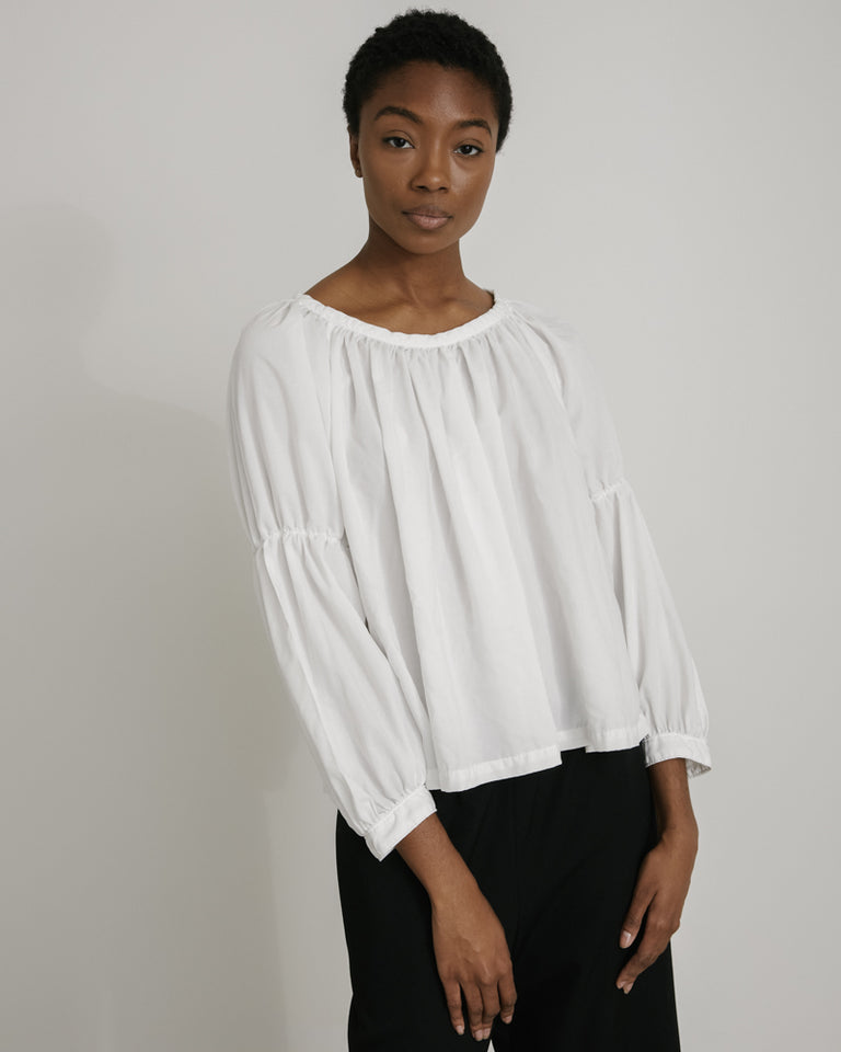B010 Blouse in White