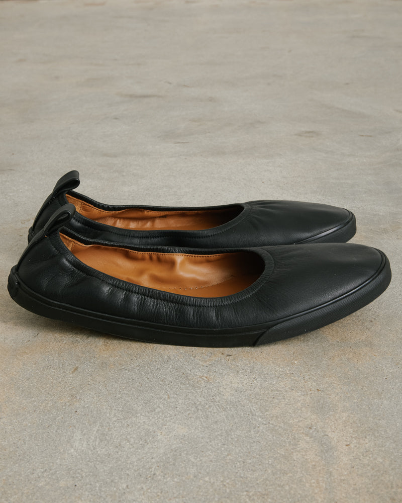 Slipper in Black