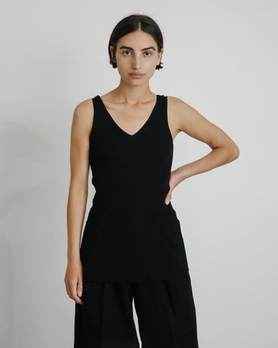 Ribbed V Neck Top in Black