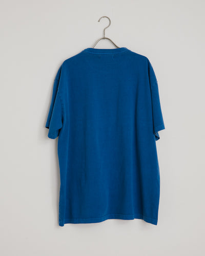 Big Pocket Tee in Klein Blue