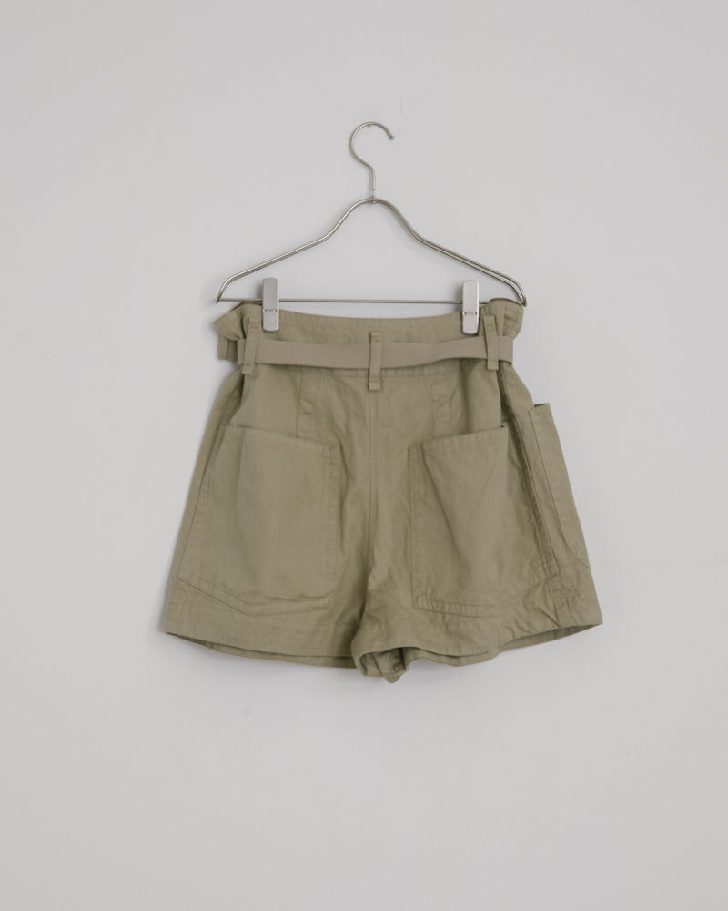 Rike Shorts in Khaki