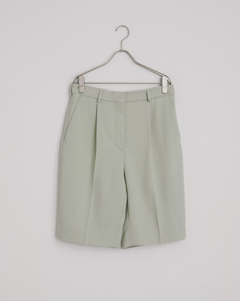 Ruthie Light Summer Work Shorts in Pastel Green