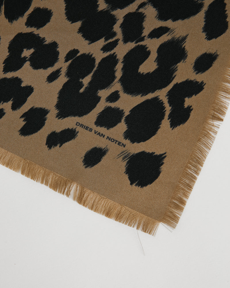 Flake 201 Handkerchief in Camel