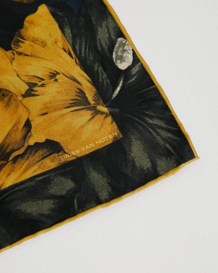 Flake 201 Handkerchief in Mustard