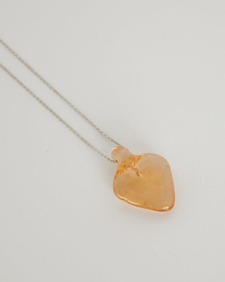 Tiny Glass Heart in Rose