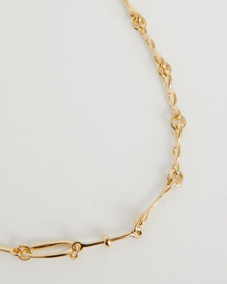 Doodle Chain Choker in Gold