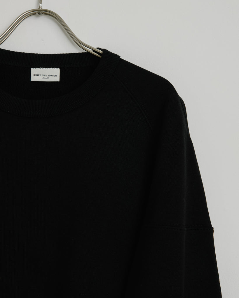 Hubia 1620 Sweater in Black
