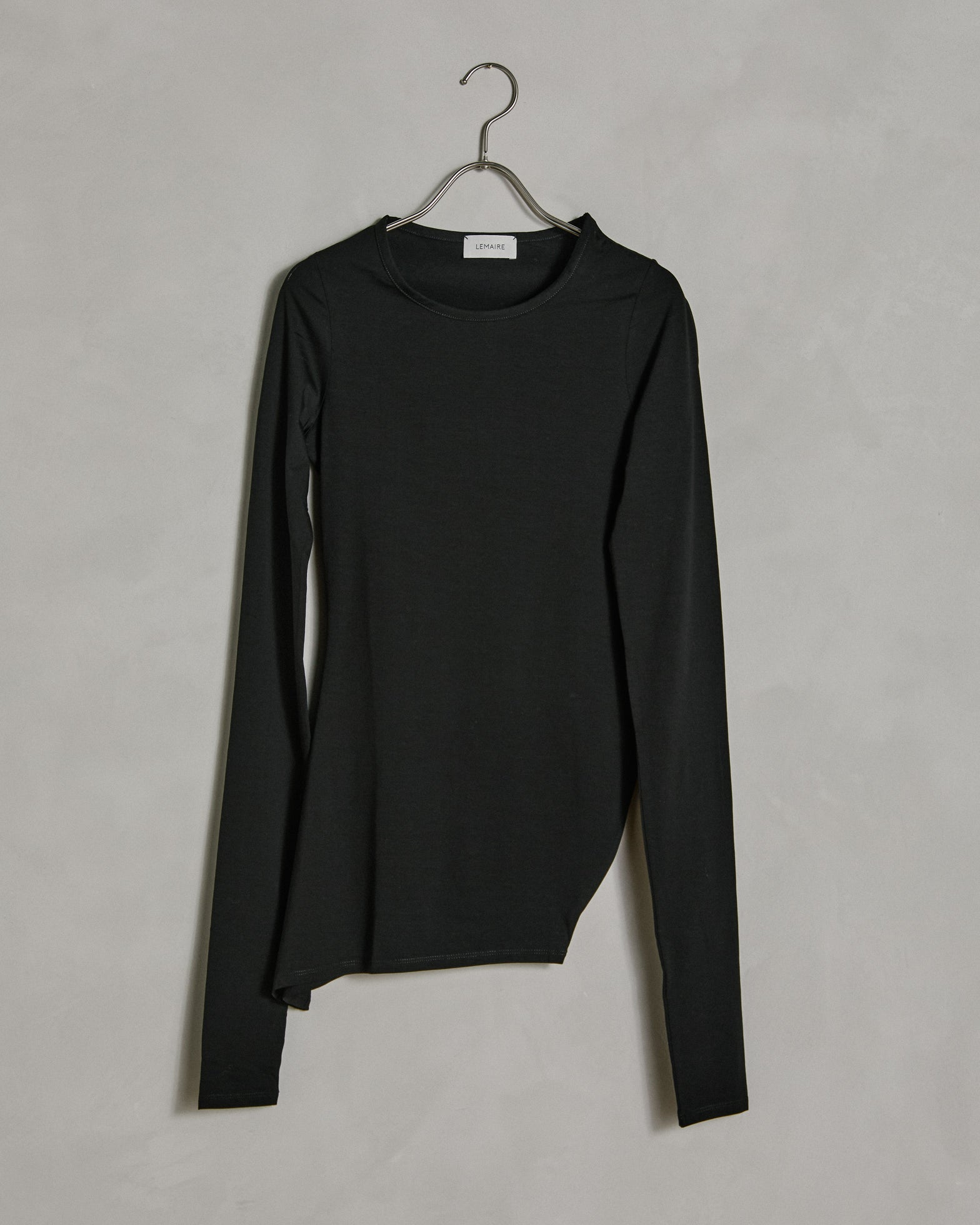Roundcollar Twisted Secondskin in Black
