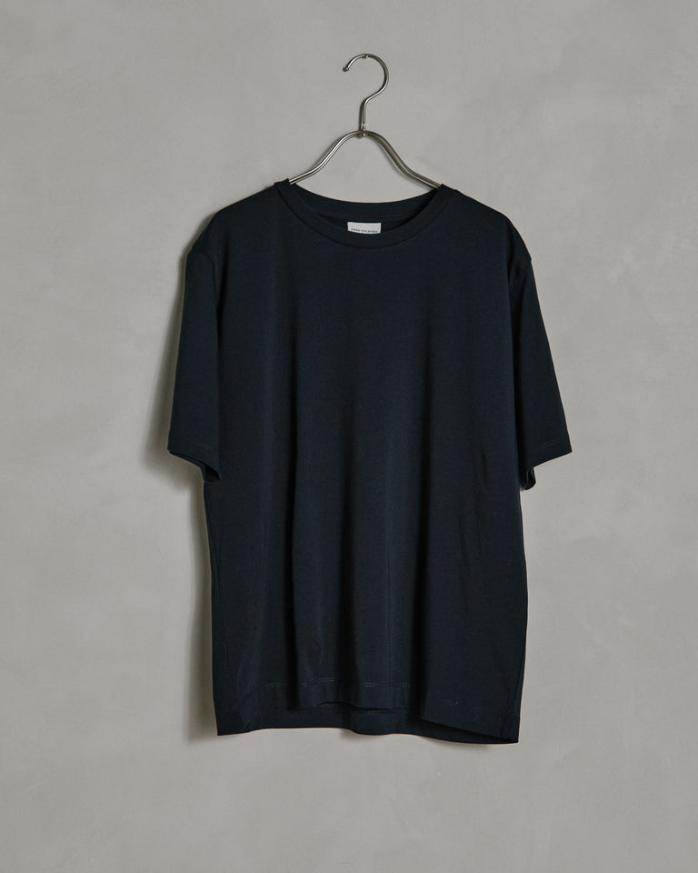 Hodu 1616 W.K. T-shirt in Navy