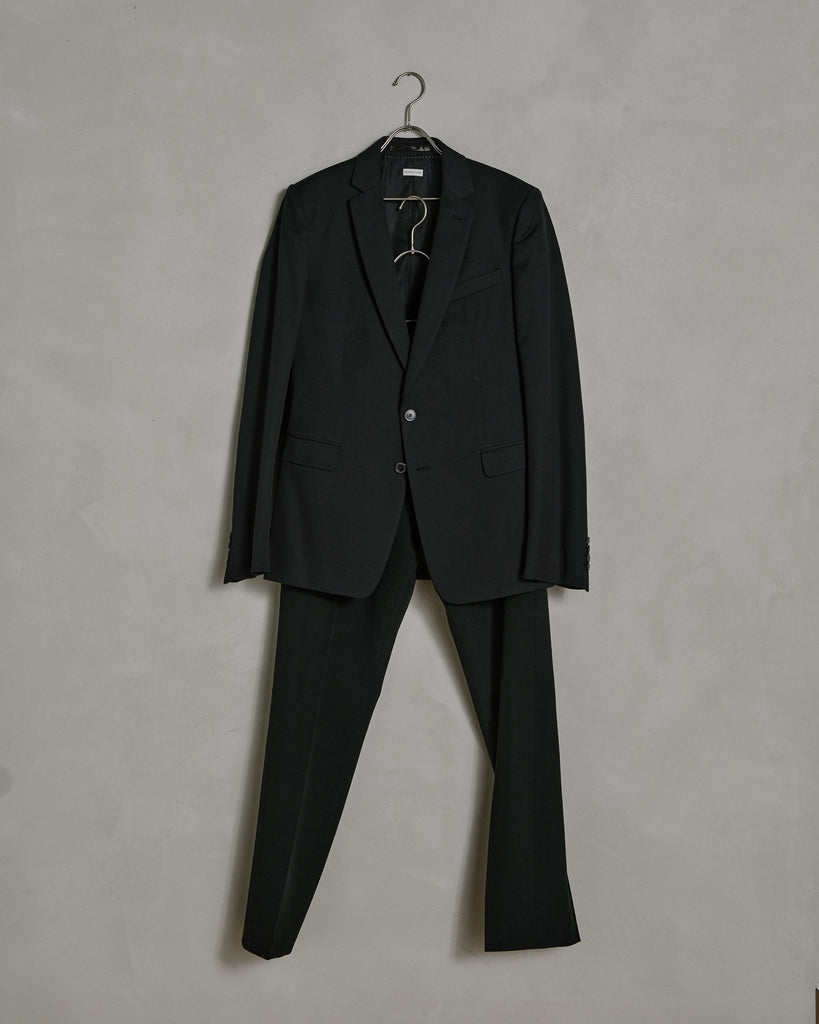 Kayne 1285 M.W. Suit in Black
