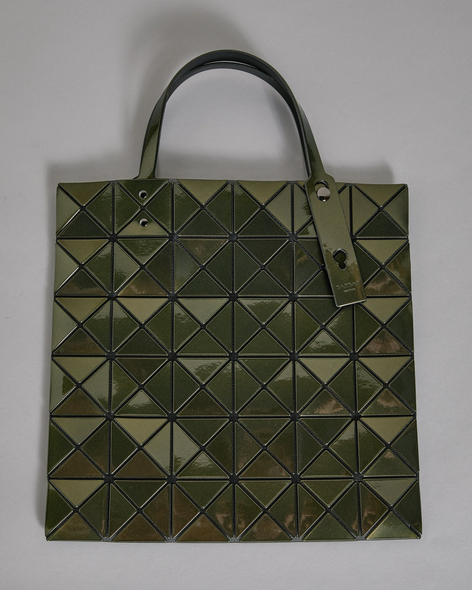 Tote in Metallic Olive