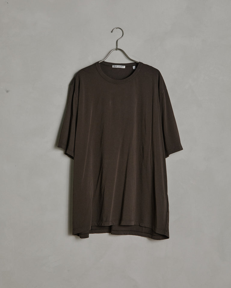 New Box T-Shirt in Dark Brown Clean Jersey