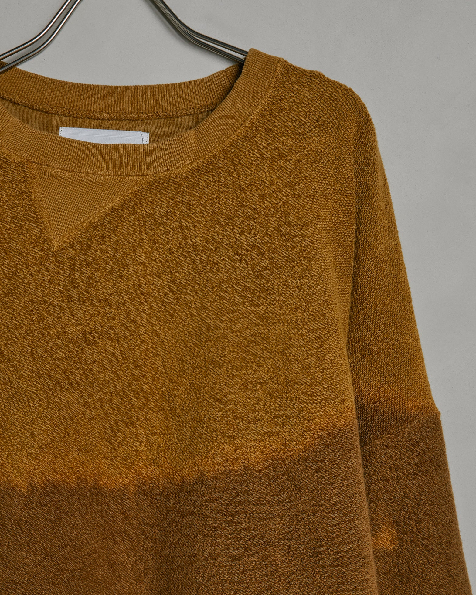 Bleach Twist Sweat in Walnut