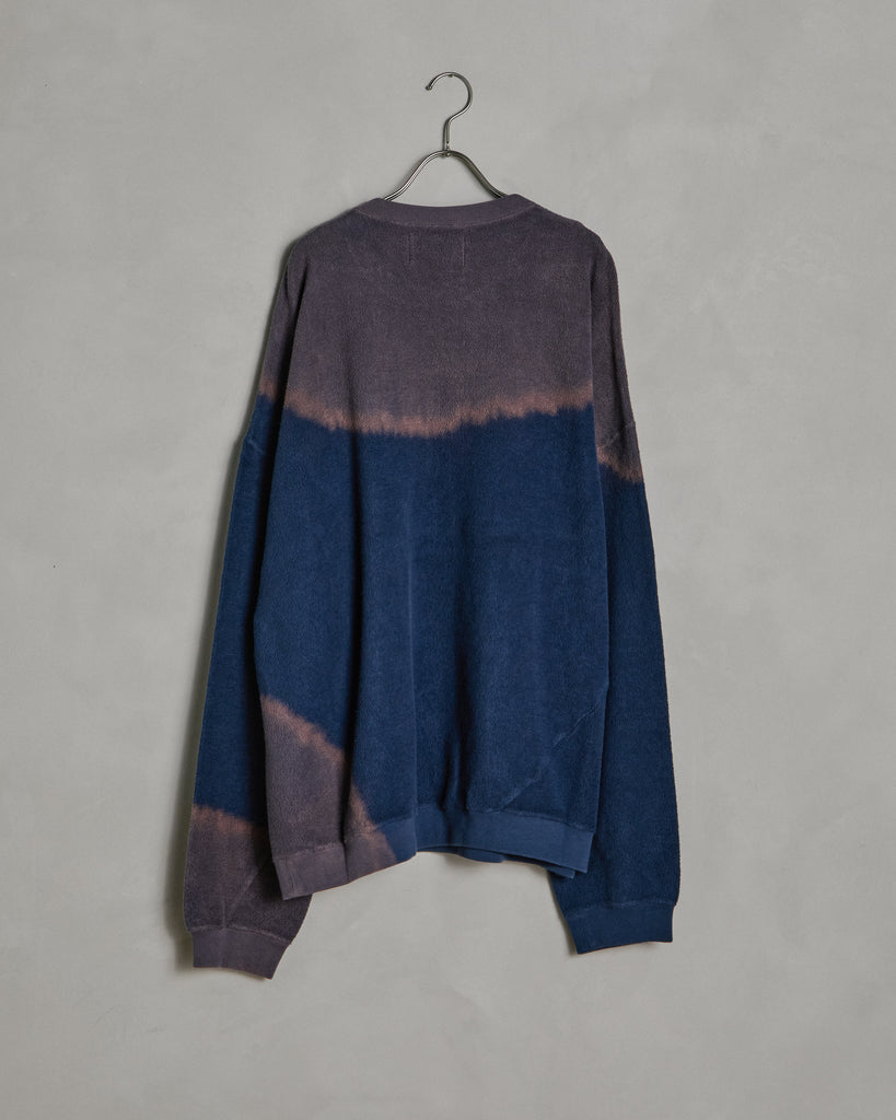 Bleach Twist Sweat in Navy