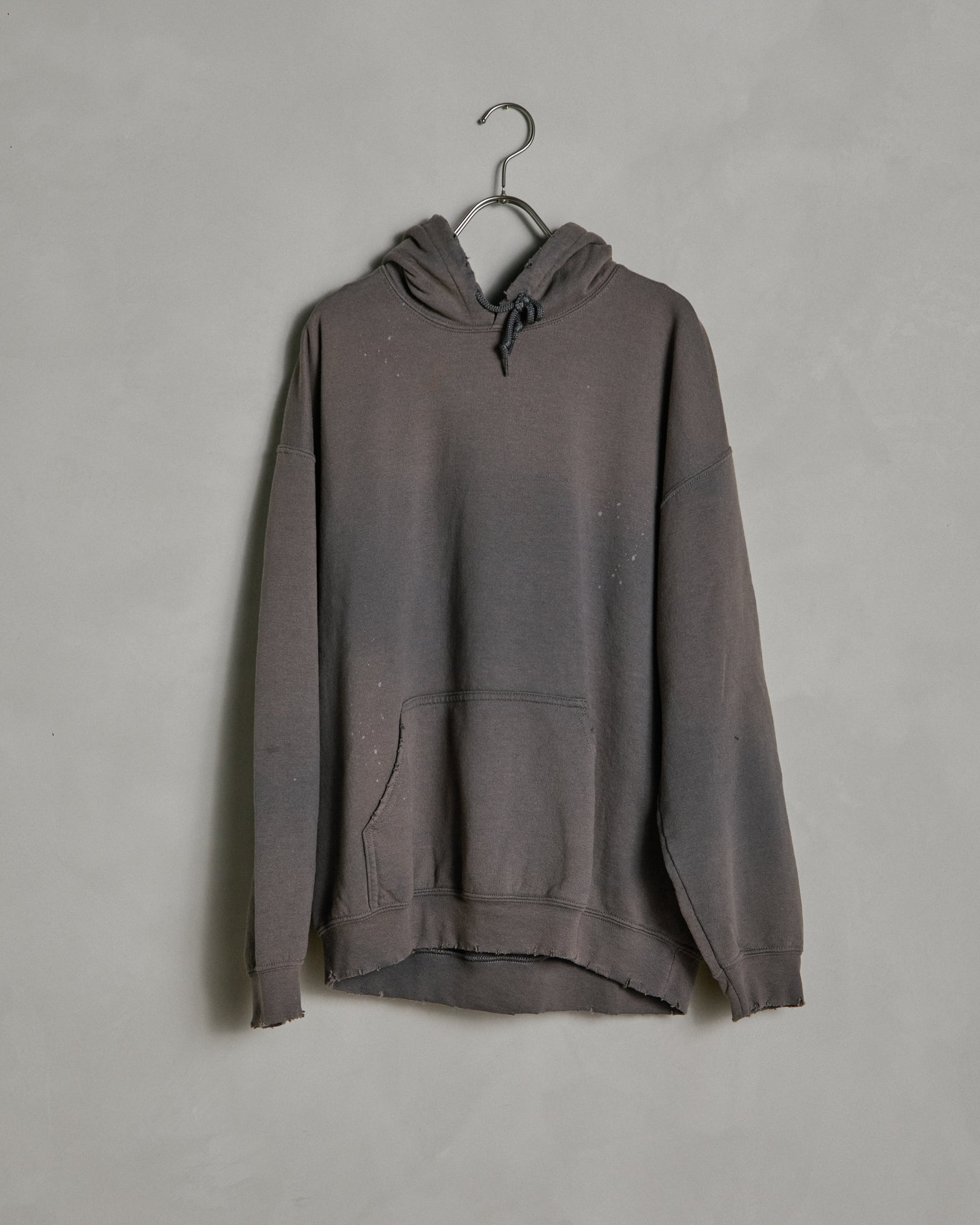 """Buffalo"" Vintage Sweat Hoodie in Charcoal"