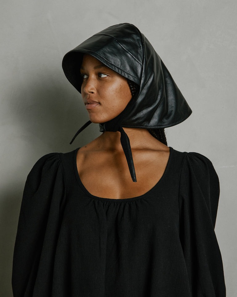 Lambskin Bonnet in Black