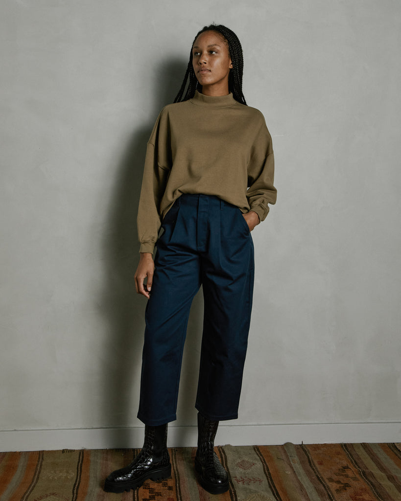 Pleat Trouser in Midnight