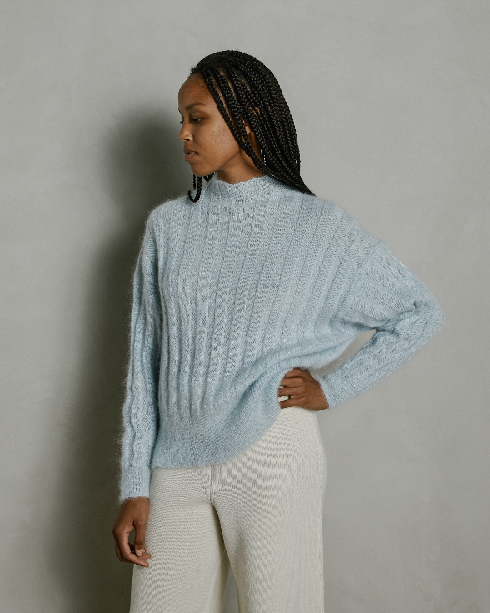 Makura Sweater in Pale Blue