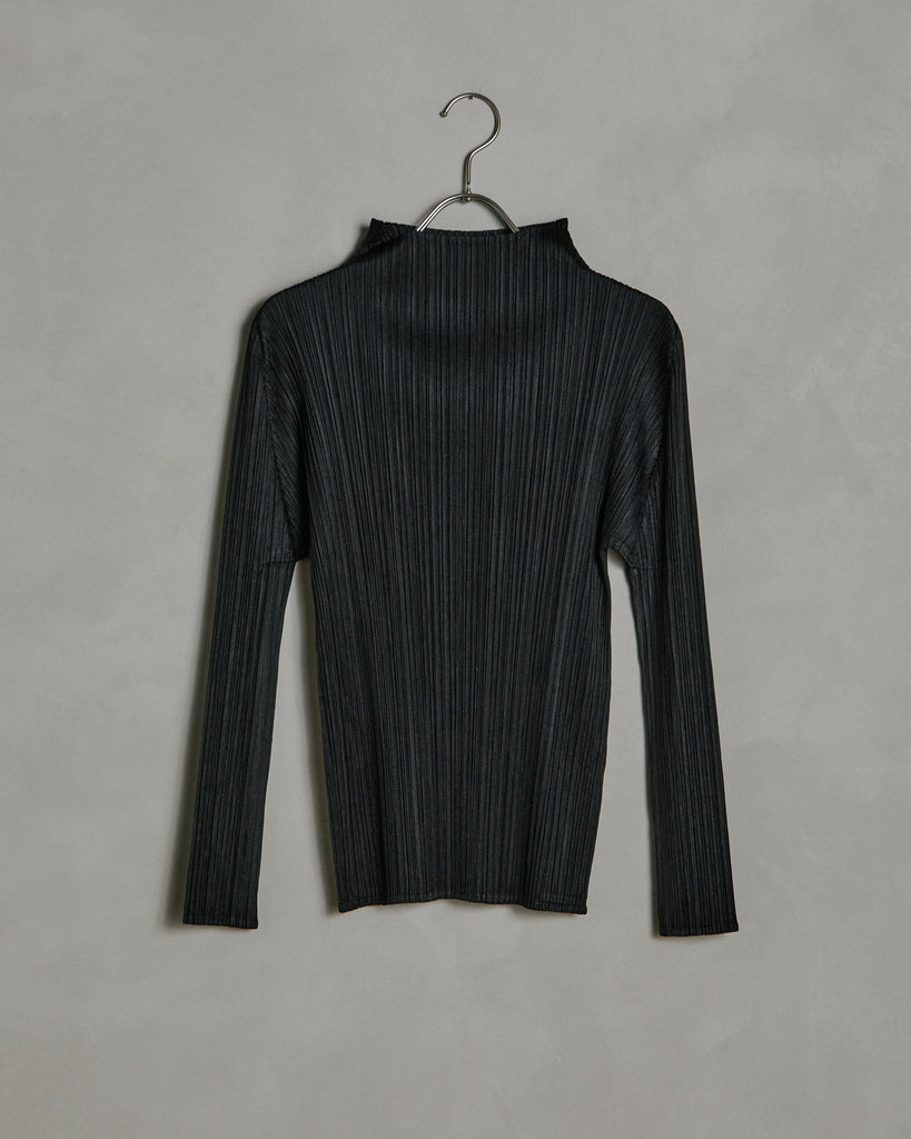 Basic Long Sleeve Shirt in Black