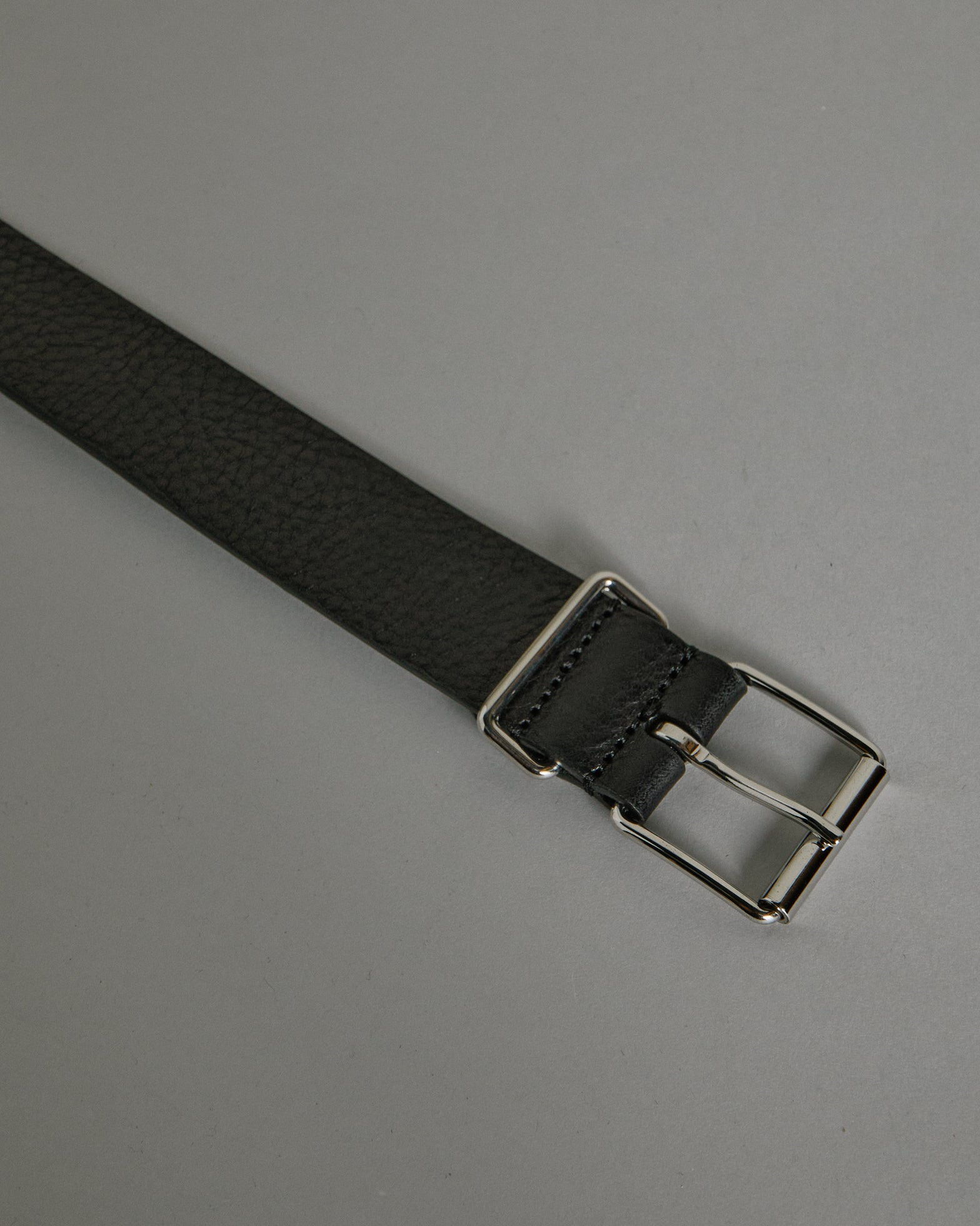 English Silver Buckle A1942PL35 Belt in Black