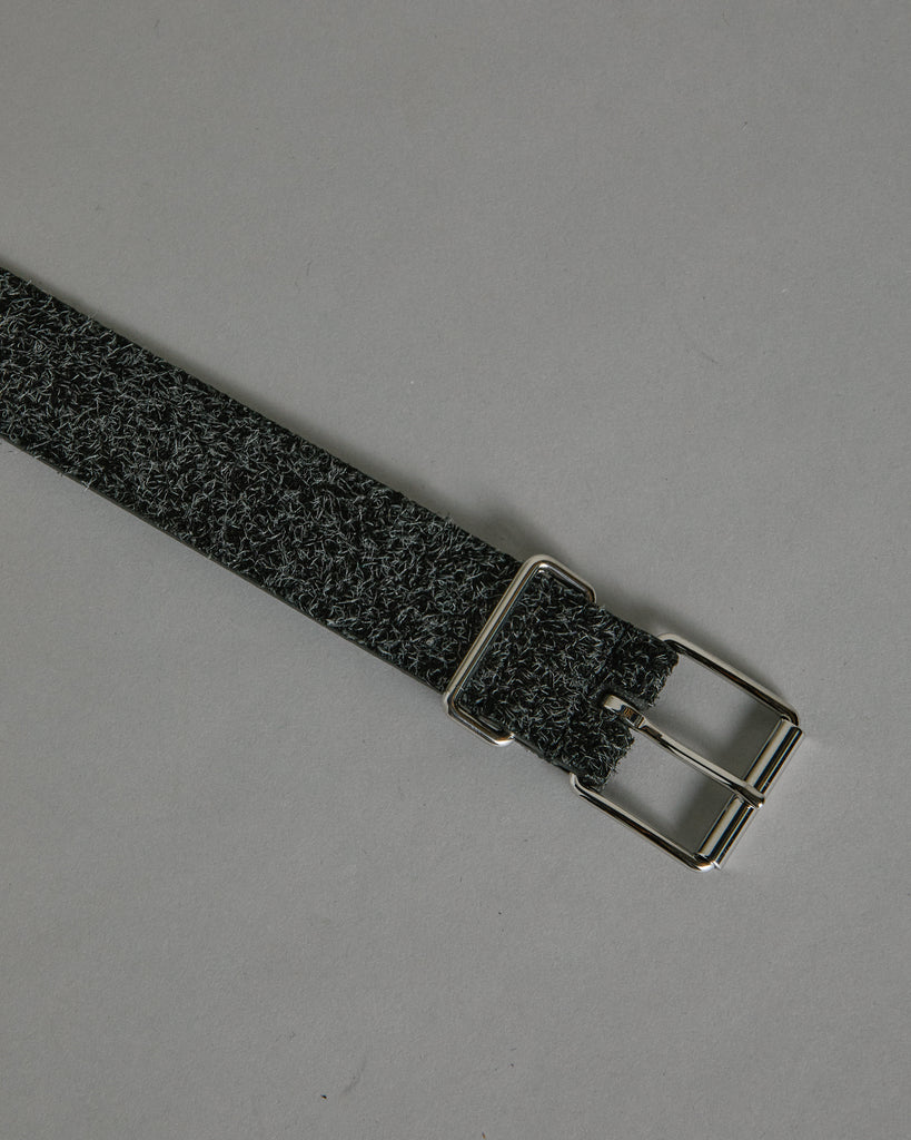 English Silver Buckle A1942PL151 Belt in Black