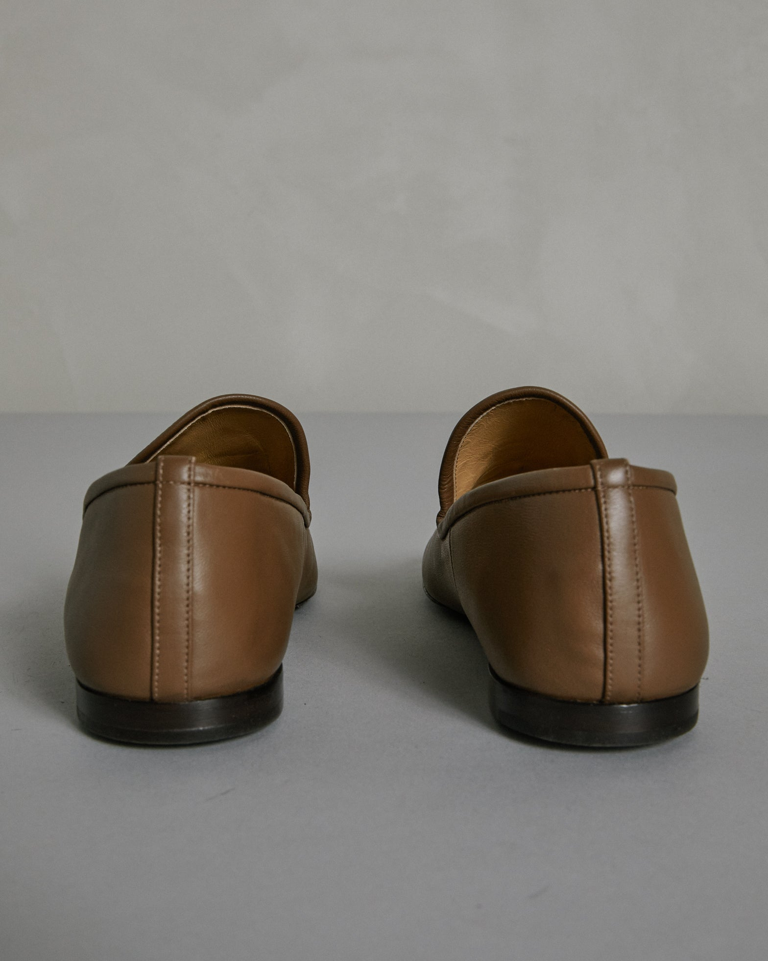 Soft Loafer in Khaki Brown