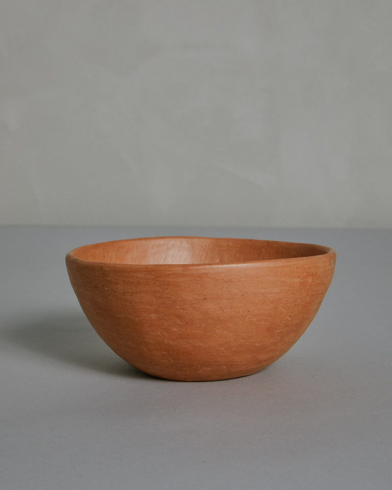 Large Bowl in Barro