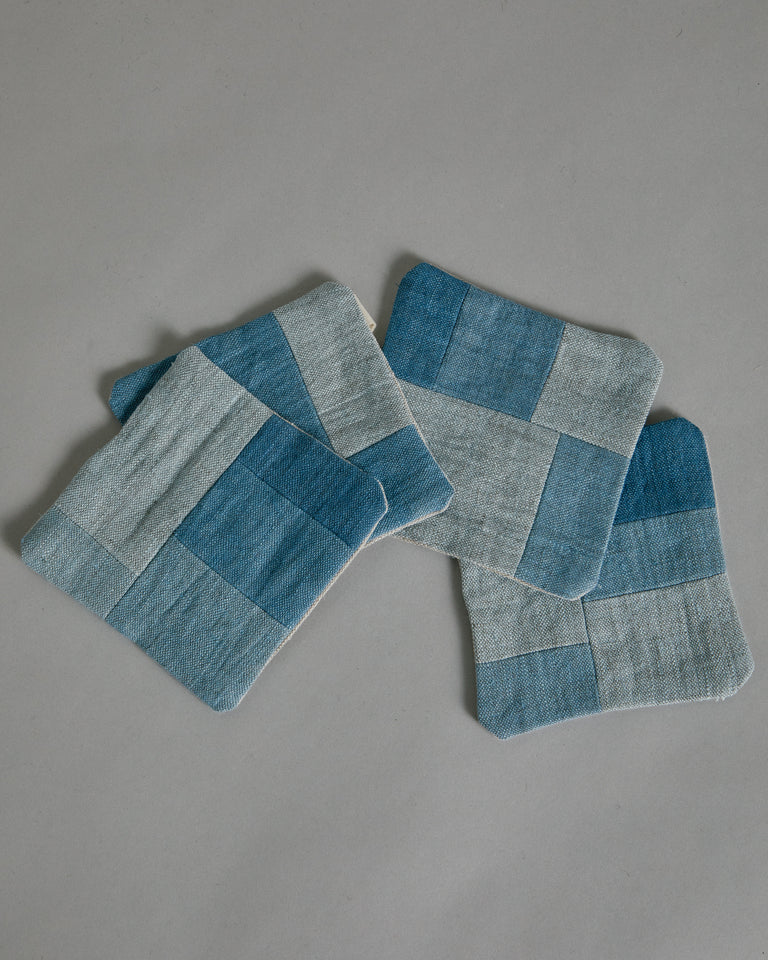 Coaster Set in Light Blue