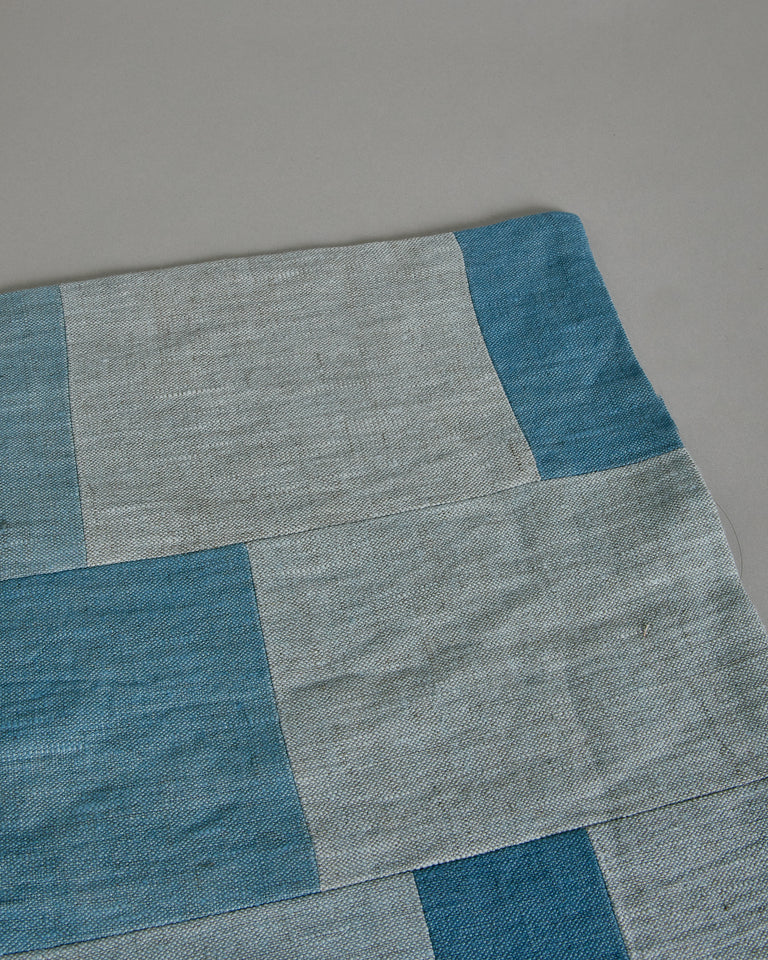 Placemat in Light Blue