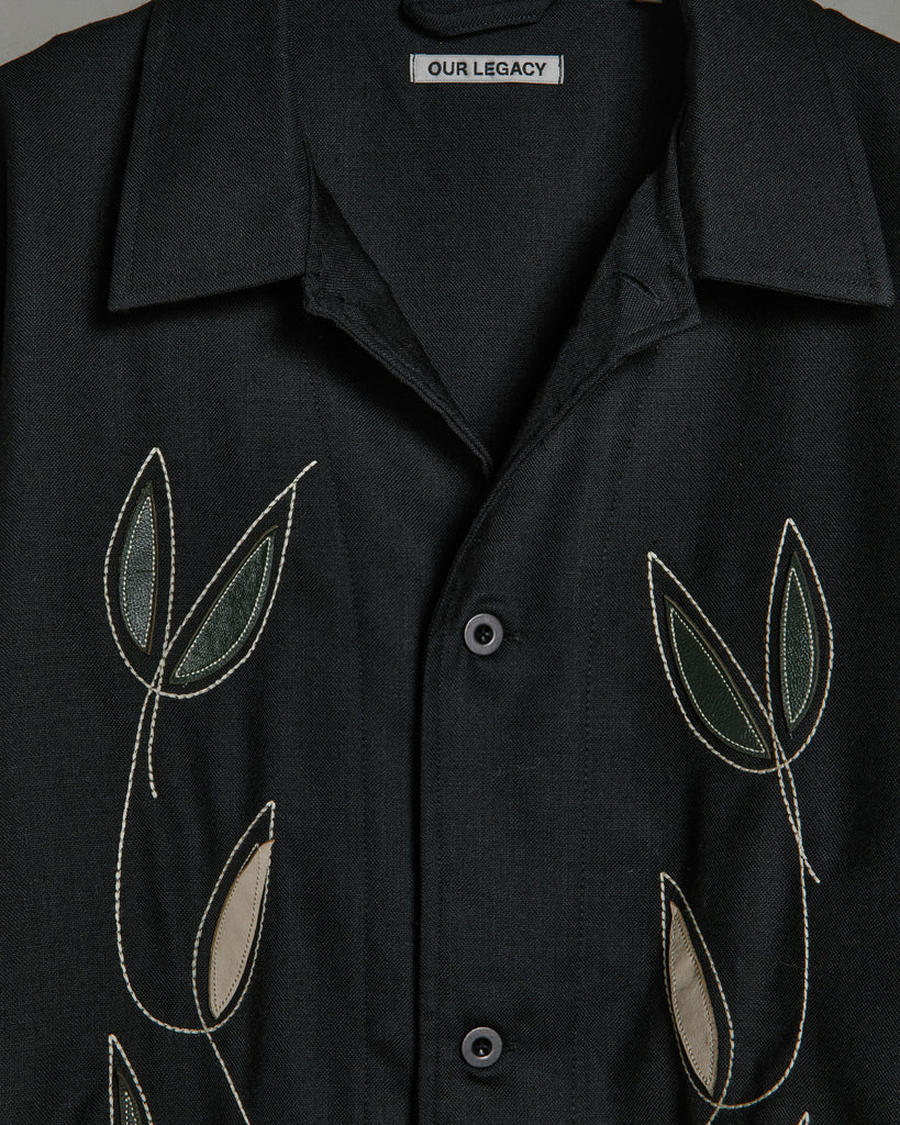 Box Shirt in Black Leaf Embroidery