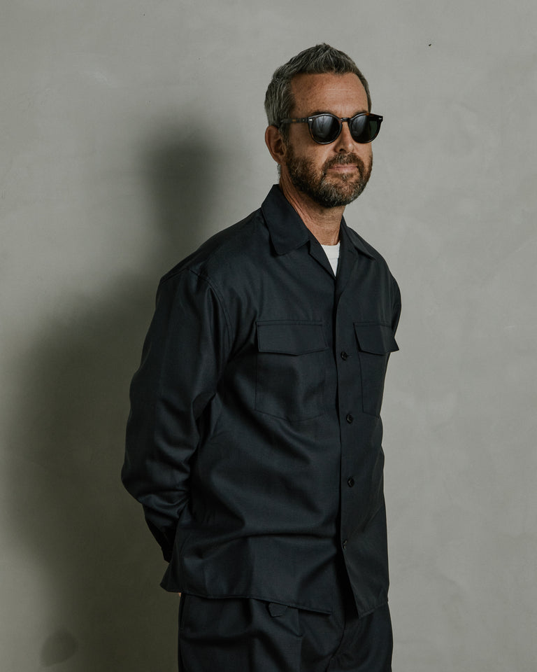 Convertible Collar Shirt in Anthracite