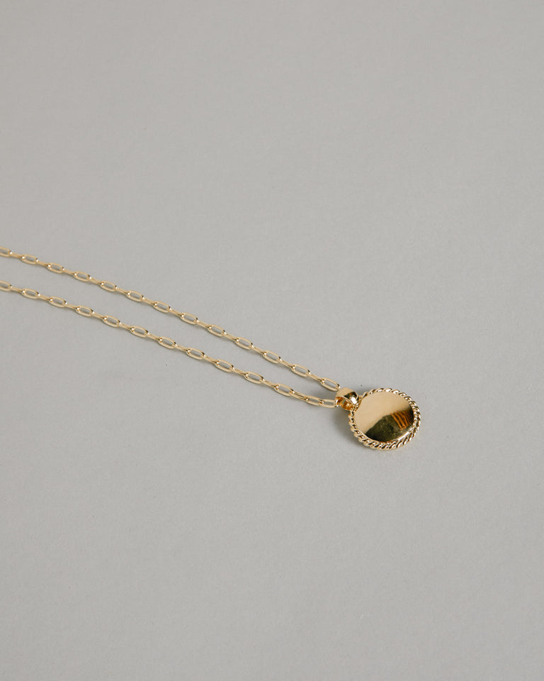 Rosa Pendant in Brass 14K Gold Plated Chain