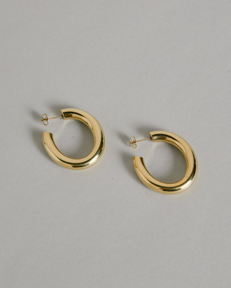 Mini Curve Earring in Brass