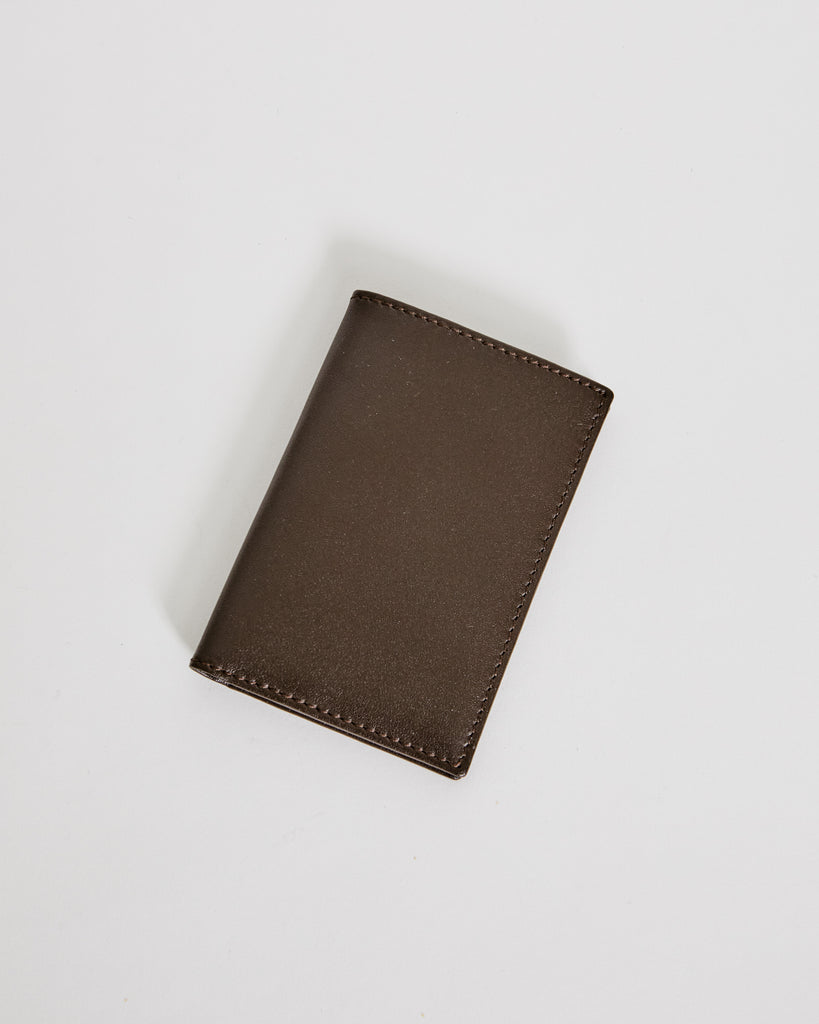 6400 Classic Leather Line Wallet in Brown