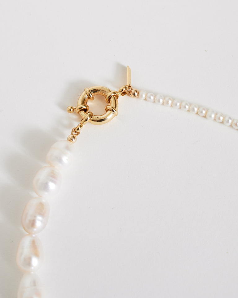 Pietro Necklace in Freshwater Pearl