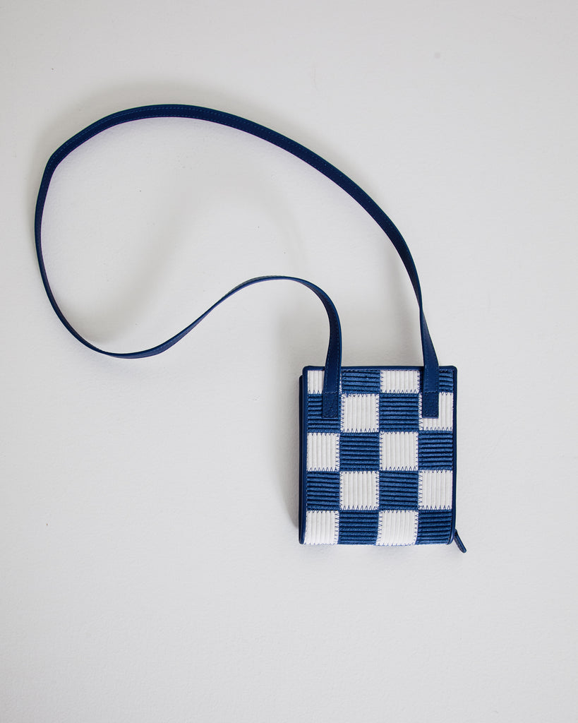 Le Gadjo in White/Blue Squares