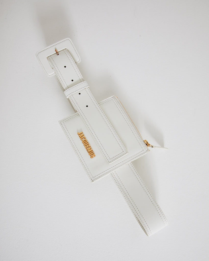 La Ceinture Carree in White