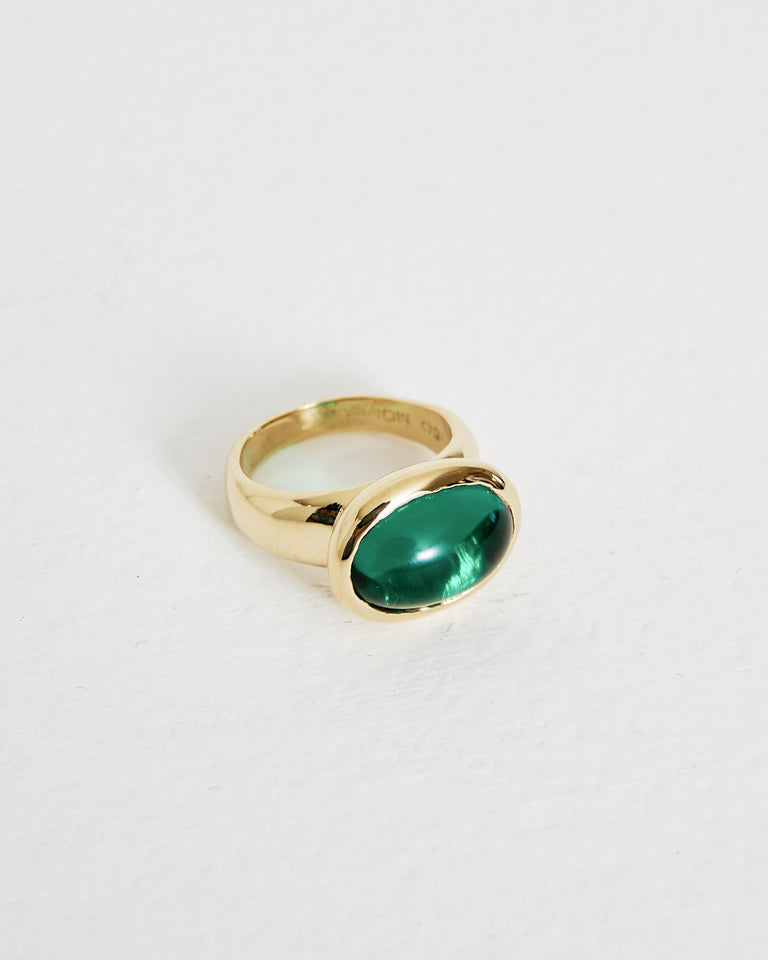 Wonderful Ring in Brass/Green Glass