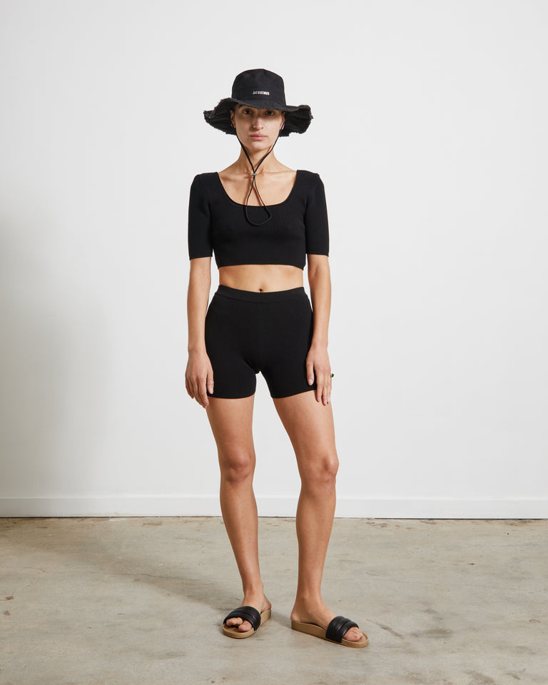 Le Short Arancia in Black