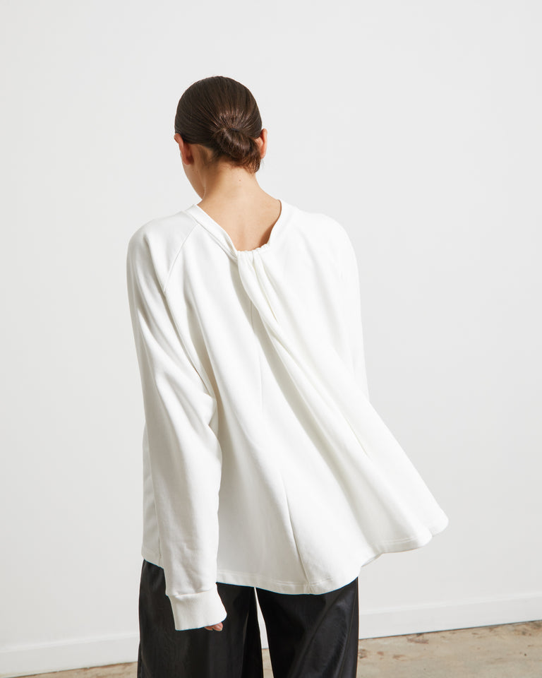 S52GU0128 Sweater in Off White
